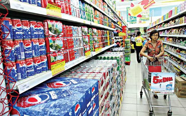 """Người tiêu dùng: Từ sự coi thường đến """"Khách hàng là Thượng đế"""""""